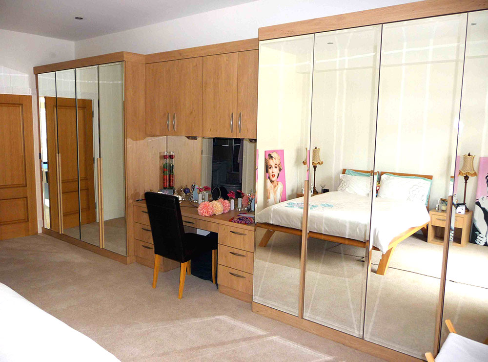 Modern Bedrooms - Oakleigh Cabinets